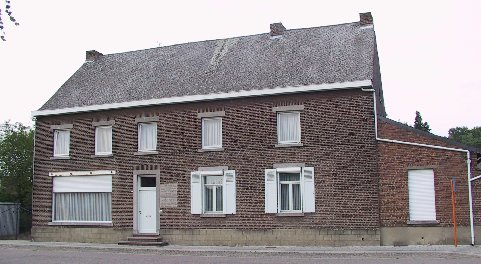 Marte's daughter and son-in-law, Yvonne and Hubert Van Hecke-Janssen, live in this house today. Photo taken 7th July 2002